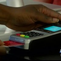 New chipped cards at the center of identity theft scheme_20151023030604