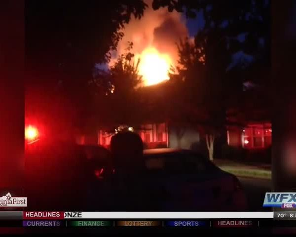 Early morning fire in Christiansburg_20160822130200