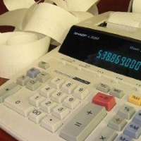 Accounting-calculator--taxes--money_20160429174427-159532