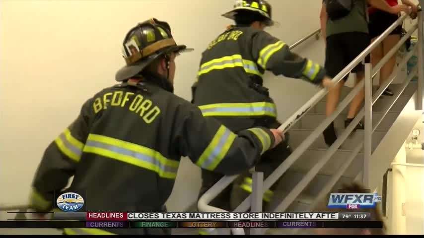 Hundreds gather for 2nd annual Roanoke 9-11 Stair Climb_21902482-159532