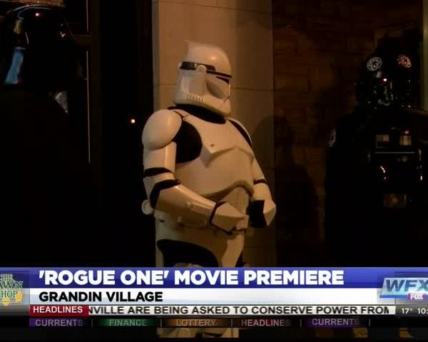 Star Wars fans pack theaters for -Rogue One- debut_72238190