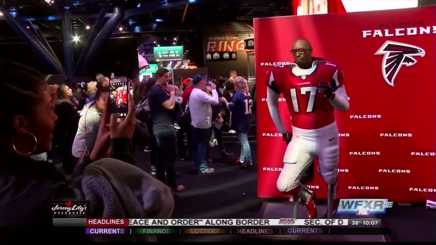 Attending the Super Bowl can prove pricey_72325243