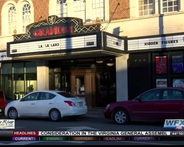Bill would allow beer- wine sales at non-profit theaters_95466495