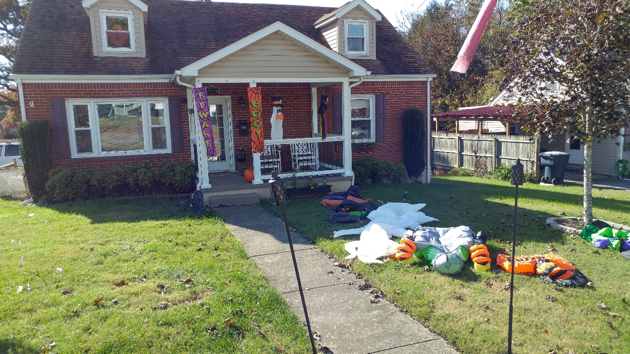 halloween decor_1541002463344.PNG.jpg