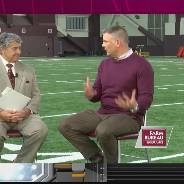 Fuente Weekly - Coach Fuente talks about the need to improve every week