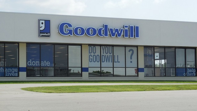 Goodwill store_3025551232279620-159532
