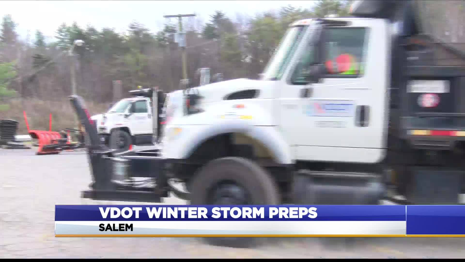 VDOT_prepares_for_winter_weather_in_Roan_8_20181208134643