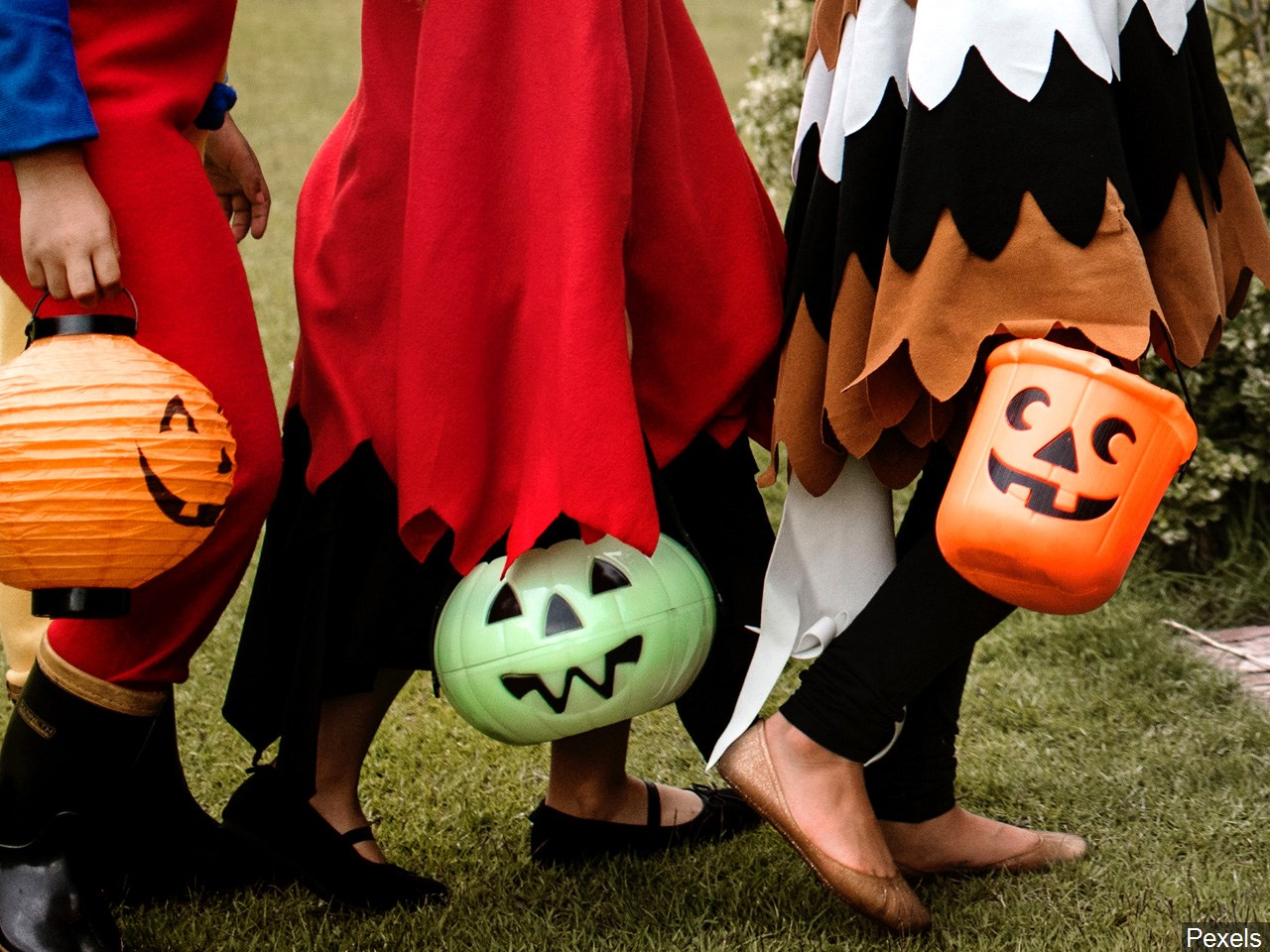 The weather may not be ideal on Halloween for superheroes, goblins, and witches to roam the streets in Vinton.