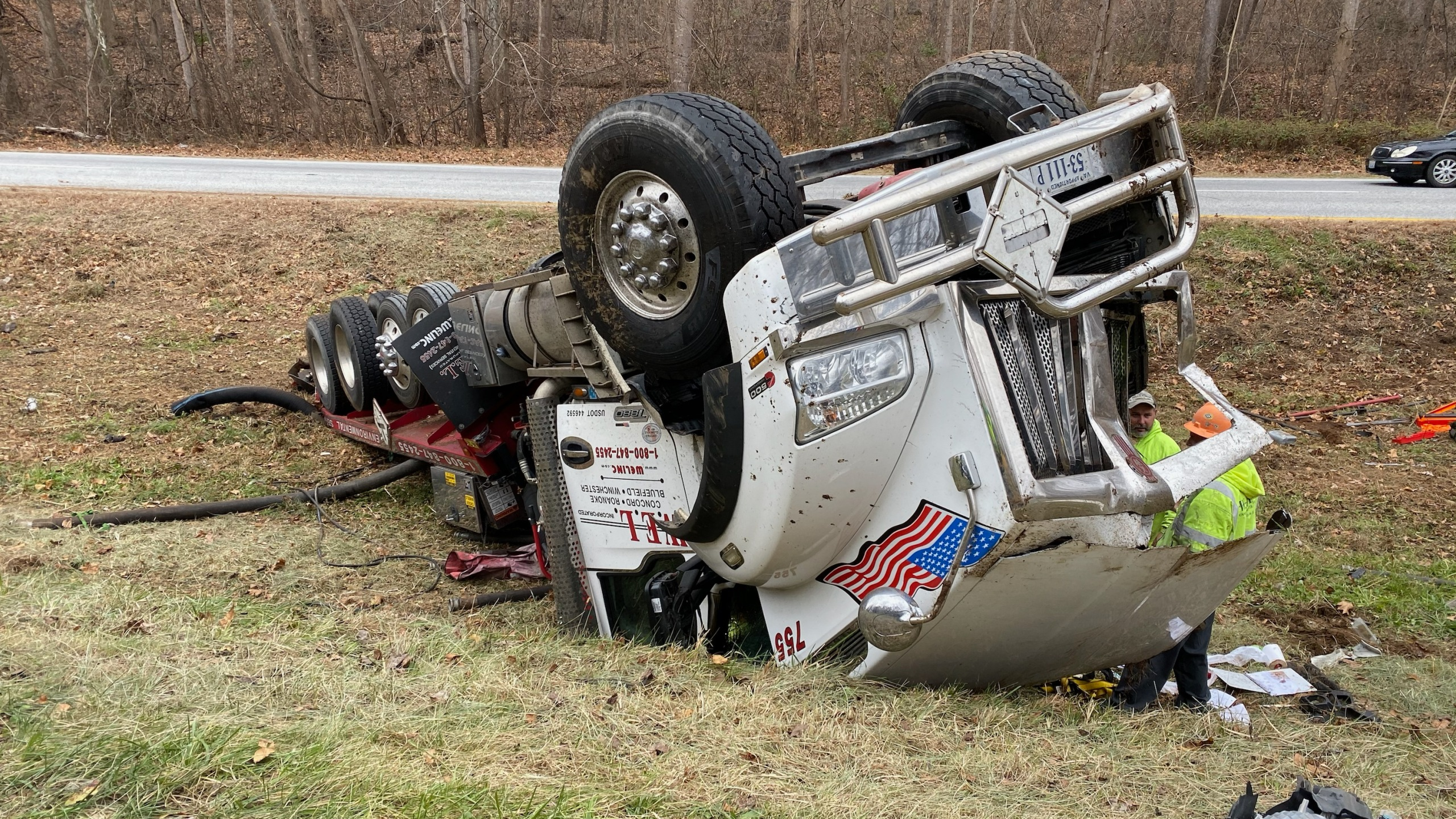 This truck crashed on U.S. Highway 29 in Nelson County on Sunday, Nov. 17. (Photo: Ryan Saylor/WFXR News)
