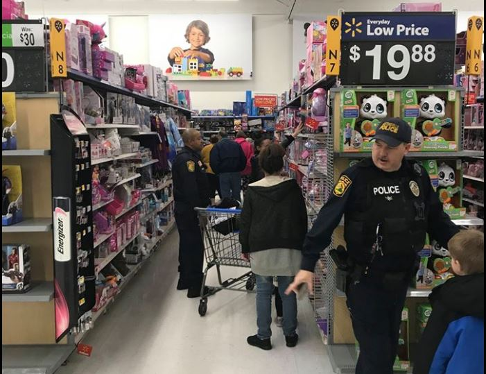 FOP Patrick Henry Lodge takes 55 local kids on a Walmart shopping spree. (Photo: Courtesy Martinsville Police Department)