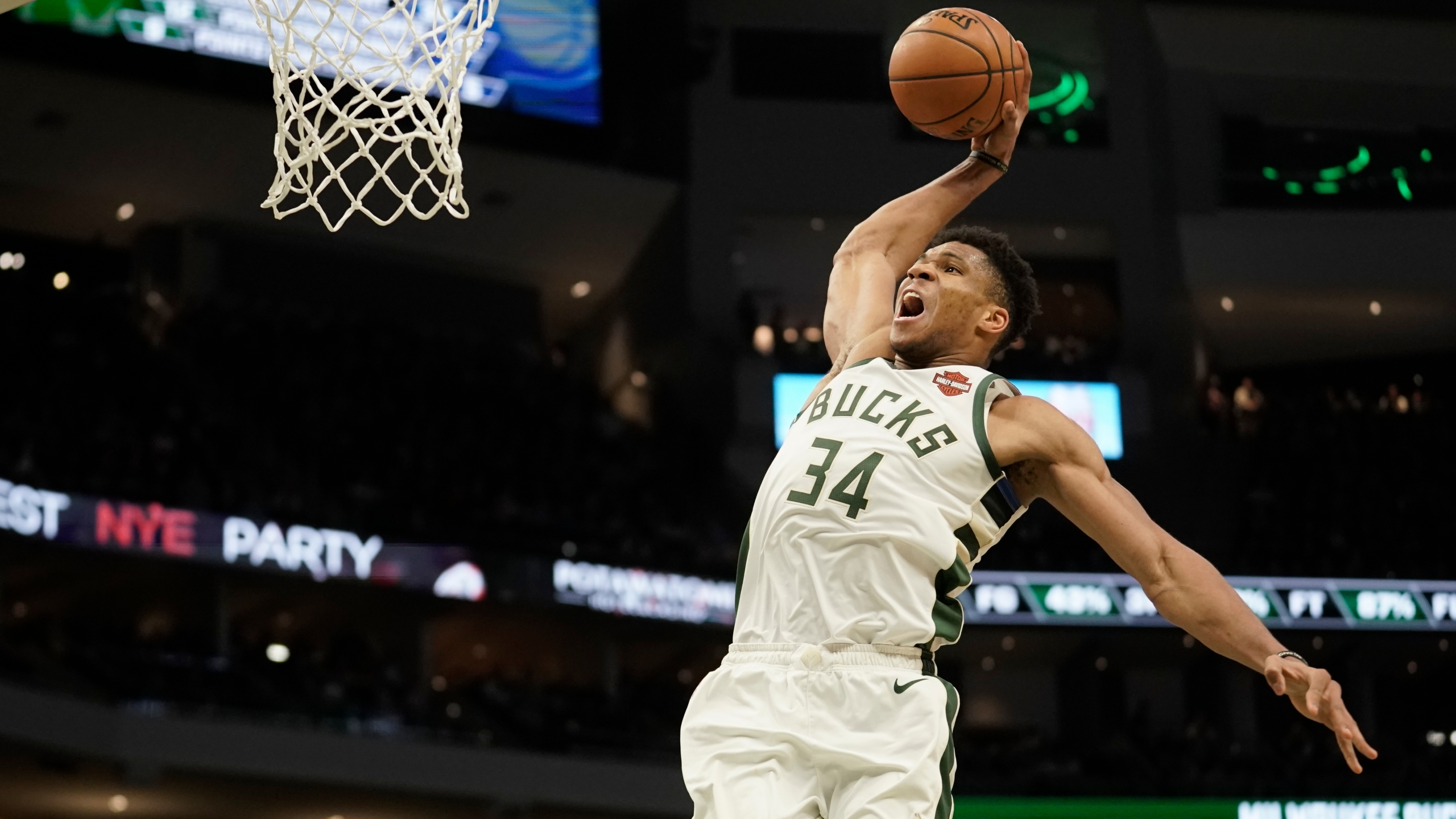 Bucks Back On Christmas Led By More Complete Antetokounmpo