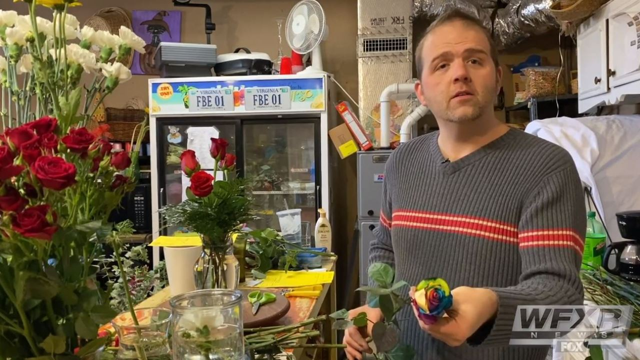 Roanoke Flower Shop Feels The Rush On Valentine S Day Wfxrtv Com