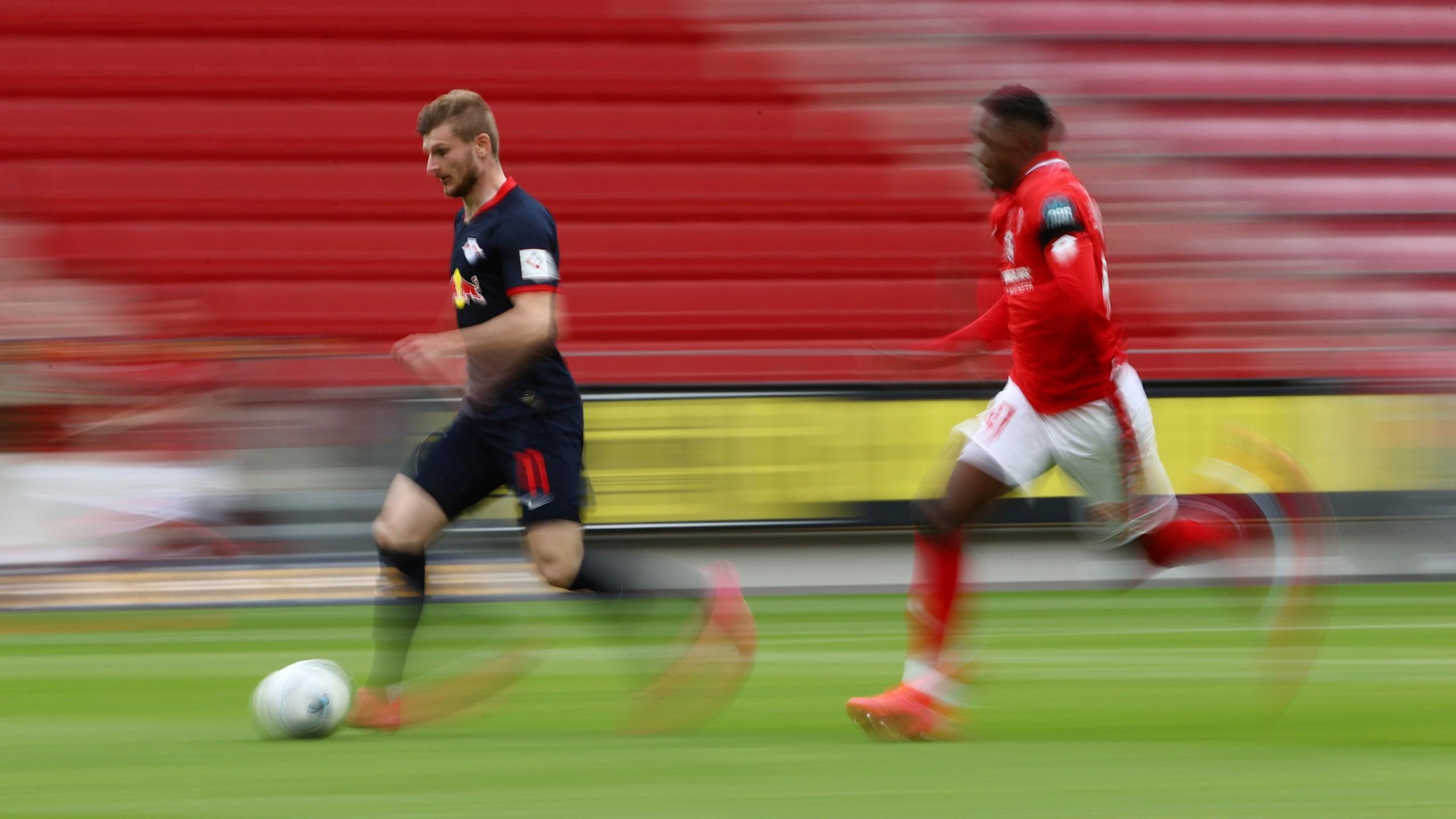 No Fans And No Protesters As Leipzig Beats Mainz 5 0 Wfxrtv