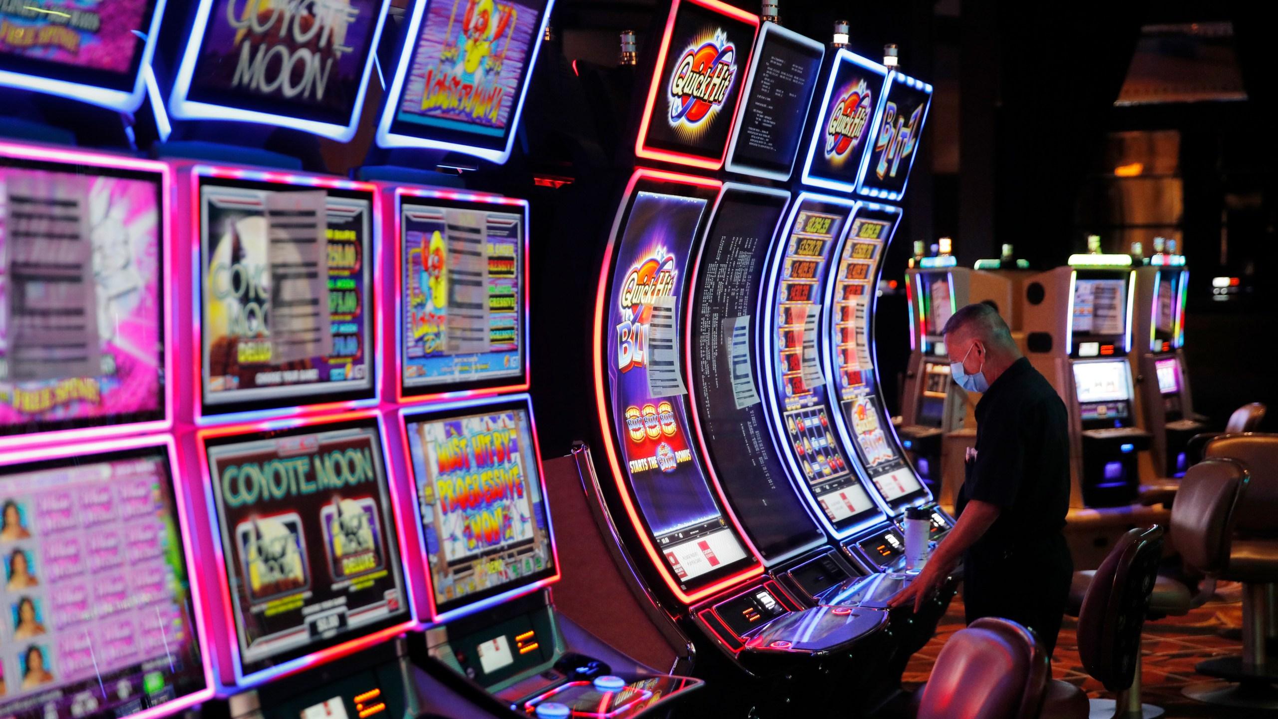 Virginia's electronic gaming machines face ban next year | WFXRtv